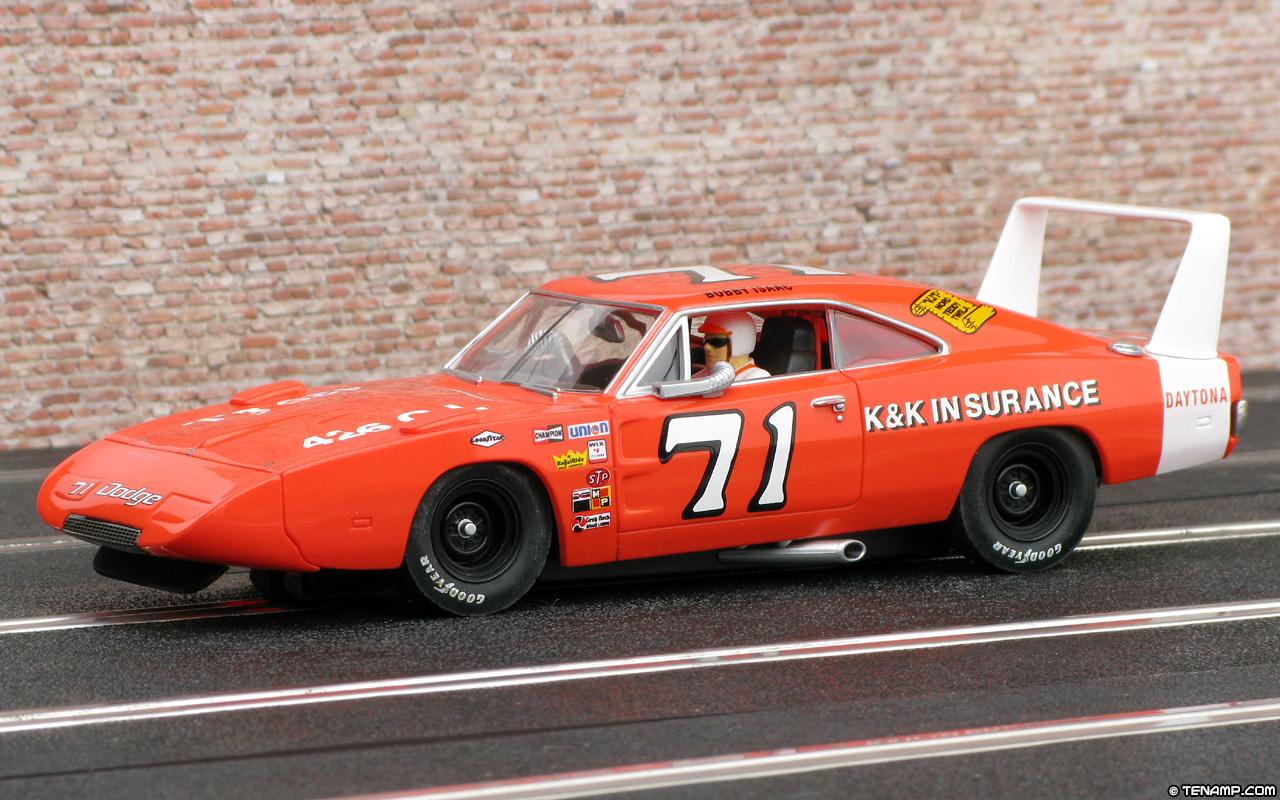 Carrera 25717 Dodge Charger Daytona - #71. Bobby Isaac 1970