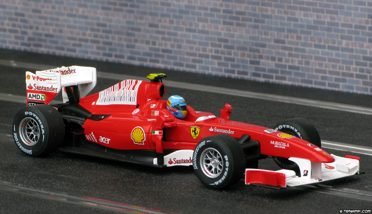 Carrera 27323 Ferrari F10 - #8 Fernando Alonso 2010