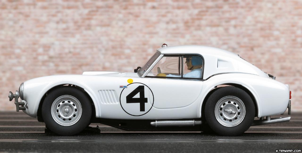 Carrera 27411 Shelby Cobra 289 Hardtop 4 Le Mans 24hrs