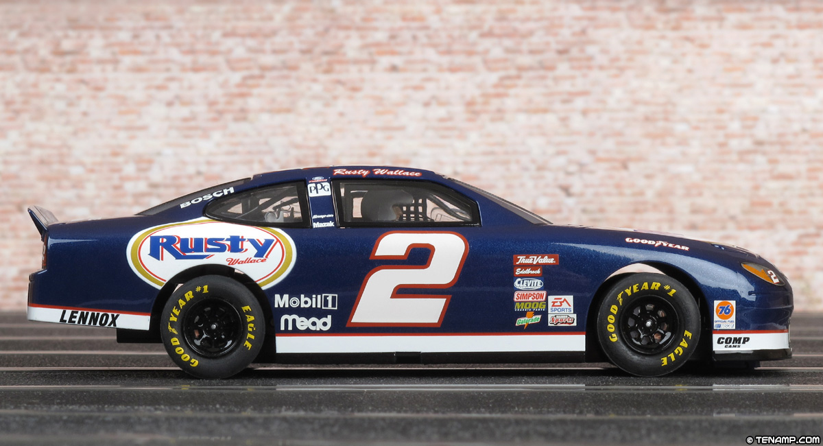 Scalextric C2374 Ford Taurus 2 Rusty Wallace 2001