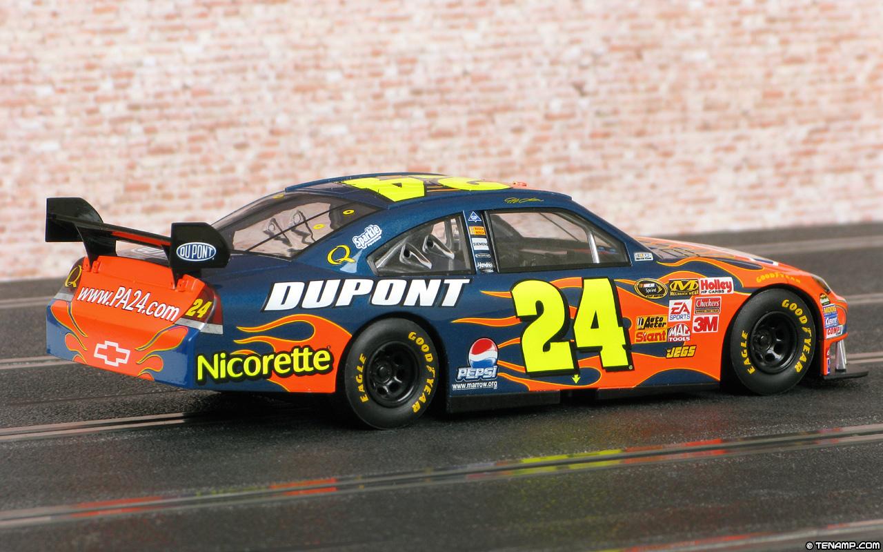 Jeff Gordon Chevrolet >> Scalextric C2893 Chevrolet Impala SS - #24 Dupont/Nicorette
